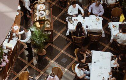 Quel est le rôle d'un manager de restaurant ?